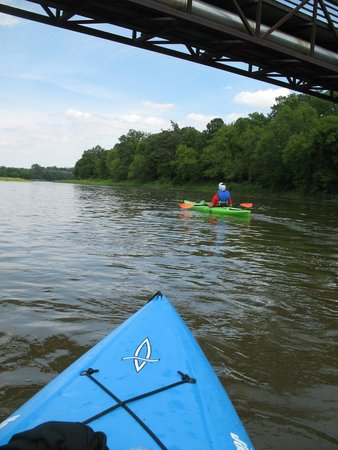Grand River Rafting Company : Kayaking on the Grand River