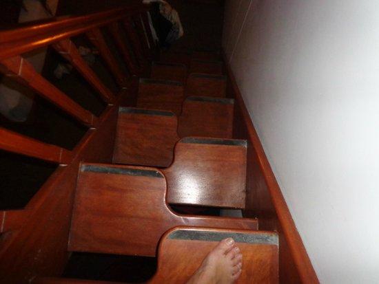 Tierra Viva Cusco Centro: Espectacular resolucion de escalera..