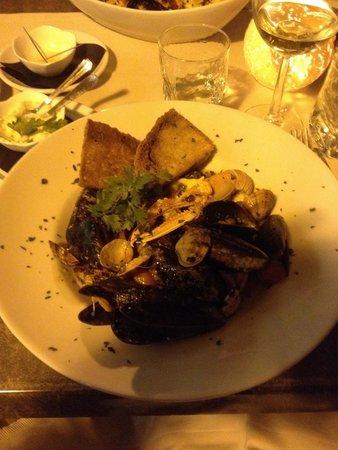 Osteria Del Porto: Zuppa di Pesce....indimenticabile..