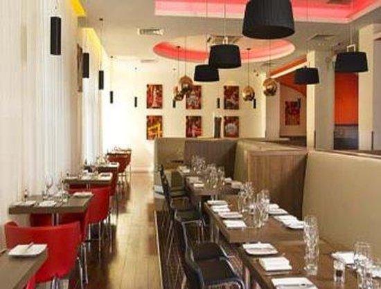 Ramada Encore Belfast City Centre: Restaurant