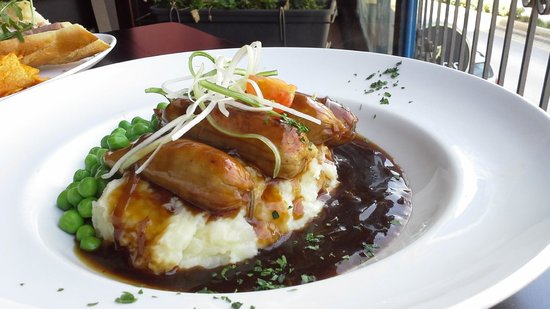 The Dubliner: Sausage and Mash