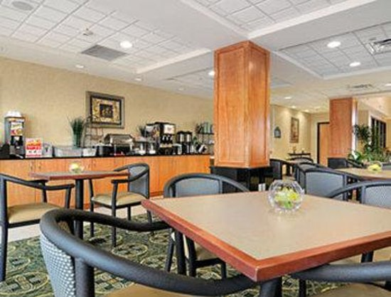 Wingate by wyndham lagrange updated 2017 prices hotel for 103 wingate terrace lagrange ga 30241