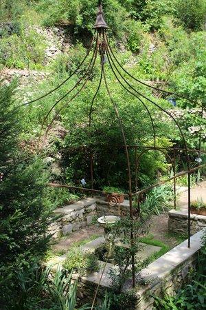 Le jardin d 39 eden picture of le jardin d 39 eden tournon for Le jardin d eden