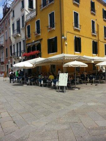 Artblu Caffe : Artblu Cafe