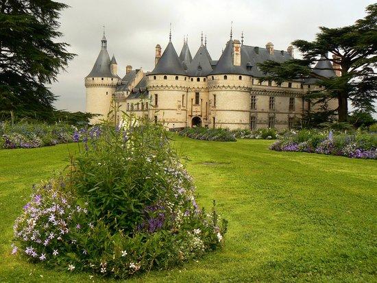 Château de Chaumont : Vue du chateau depuis le parc