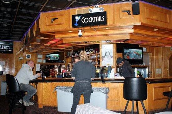 BEST WESTERN Dunmar Inn : The Bar/Grill area