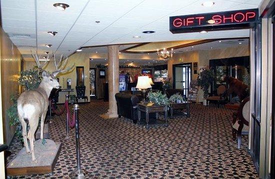 BEST WESTERN Dunmar Inn : Lobby