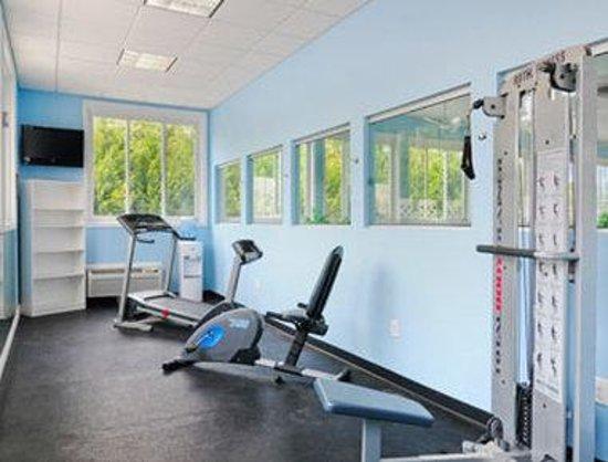 بايمونت إن آند سويتس كورنيليا: Fitness Center