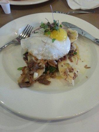 OEB Breakfast Co. : Eggs and duck breakfast