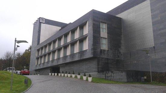 NH Collection Santiago de Compostela: Vista del hotel