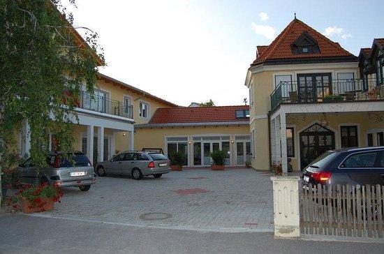 Der Winzerhof Hotel