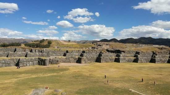 Sacsayhuamán: Plaza Central