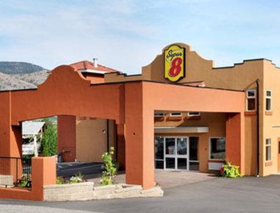 Welcome to the Super 8 Osoyoos