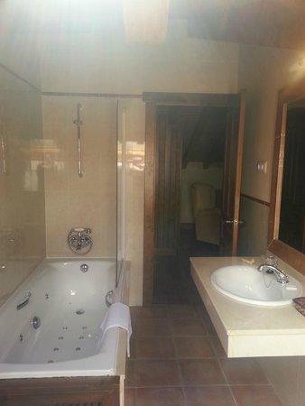 Hotel Garabatos: Baño.-