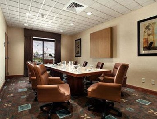 Wingate by Wyndham Lancaster / PA Dutch Country: Meeting Room/Executive Board Room