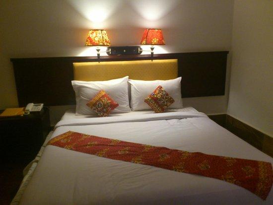 Hibiscus Angkor Resort : Номер люкс