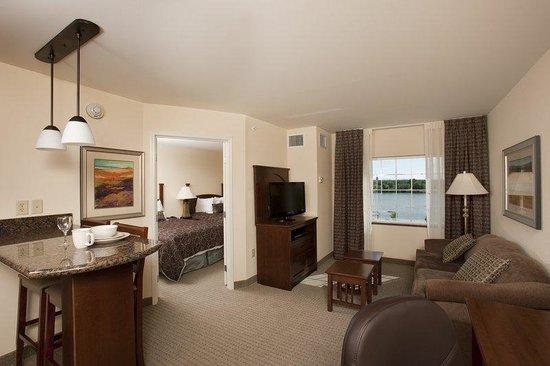 Guest Room  Staybridge Suites Great Falls, MT
