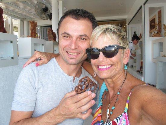 Hotel Matina: Eduart Gjopalaj - wood craftsman extraordinary on boardwalk!