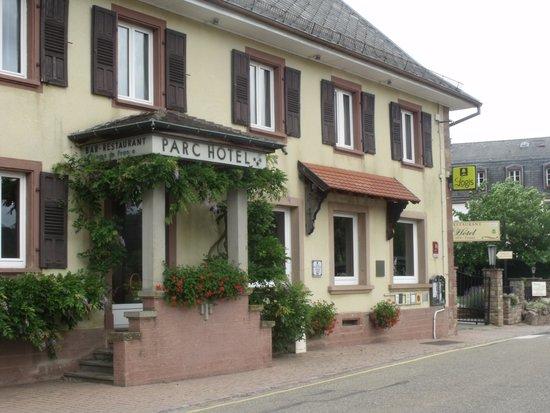 Parc Hotel Wangenbourg: Devant de l'Hôtel