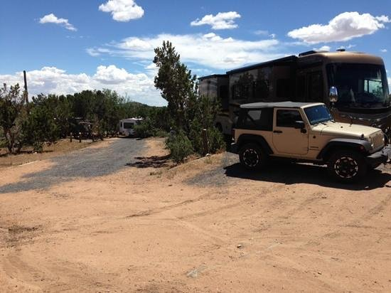 Rancheros de Santa Fe Campground: Our rig before the neighbor came in next to us.