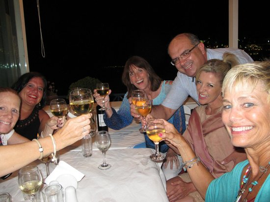 """Hotel Matina: Try my fav in Thira, Naoussa for dinner & say """"yassas"""" to owner Kostas!"""