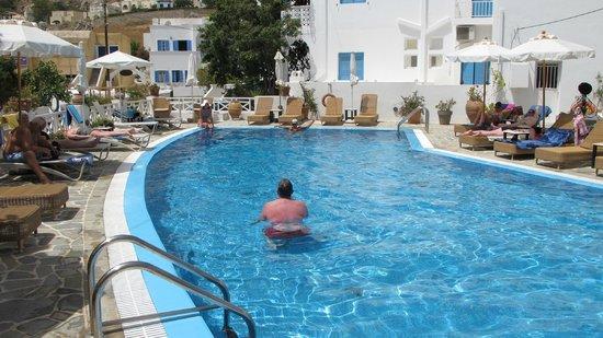 Ahhhhhh, a dip in Hotel Matina pool is always refreshing!