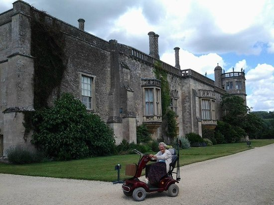 Lacock Abbey: mobility scooter outside the abbey