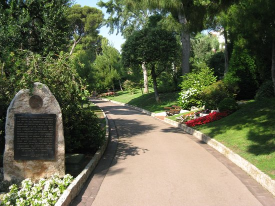 Princess Grace Botanical Garden: A view of the gardens