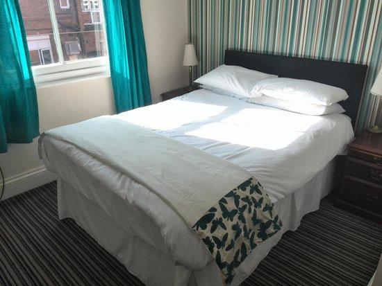 Regency Hotel: double bedroom