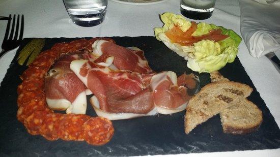 Restaurant Le Quai : Assiette de jambon serrant et chorizo