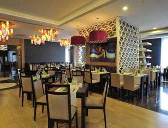 Ramada Plaza Antalya: Moods Restaurant
