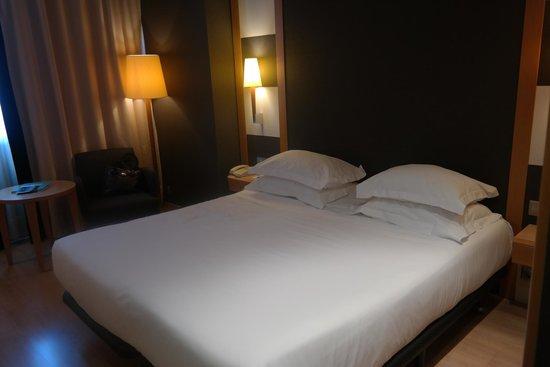 Barcelona Universal Hotel: Room 408