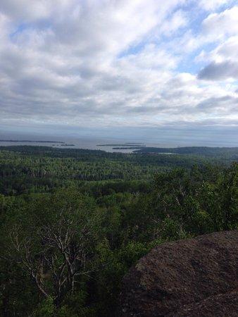 Greenstone Ridge Trail: From mount Franklin