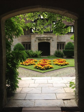 Baddesley Clinton: The doorway to the courtyard