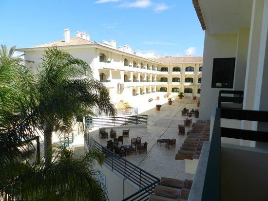 Hotel Mirachoro Praia: sacada do quarto vista a direita