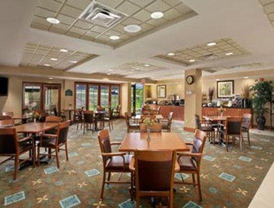 Nice Hotel Review Of Wingate By Wyndham Cincinnati Airport Erlanger Erlang