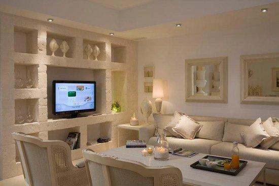 Borgo Egnazia : Livingplayroom villa