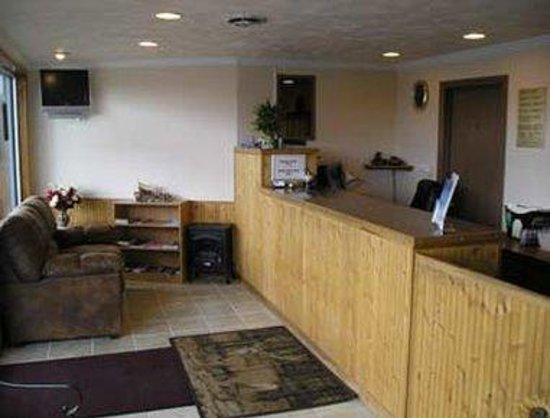 Knights Inn Baker City: Lobby