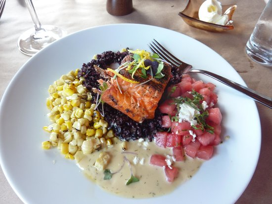 River's End Restaurant: Fabulous Salmon Entree