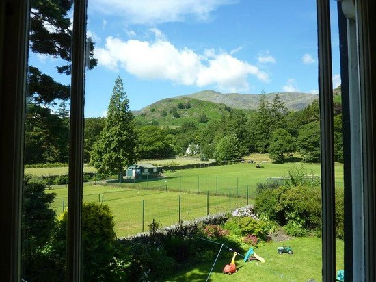 "Oaklands Guesthouse: View of Coniston ""Old Man"" from our room"