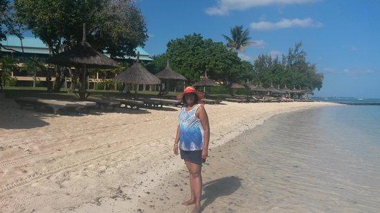 Club Med La Pointe aux Canonniers: Stroll on the beach