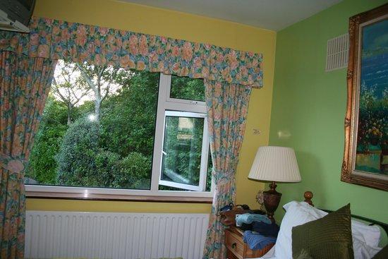 Rathview House: View across room to window