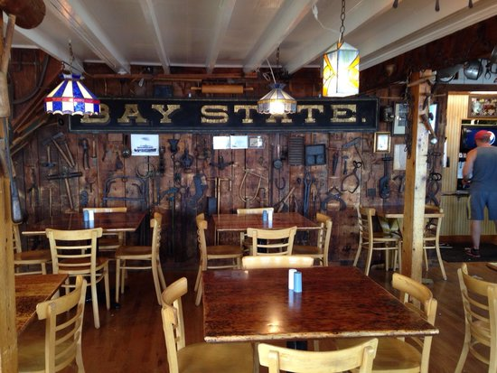 The Lobster Shack at Two Lights : Inside seating