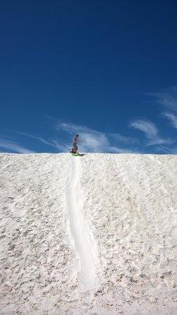 White Sands National Monument : Sledding