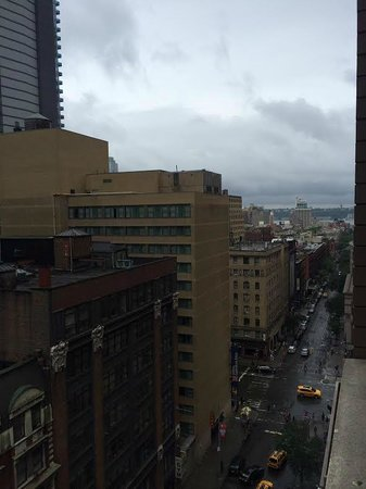 The Pearl Hotel: You can see the Hudson from room 2013