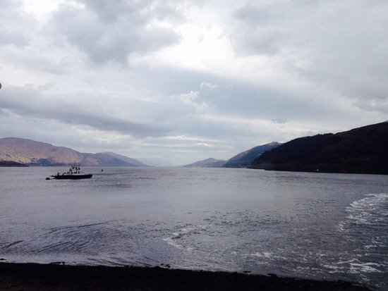 Inn at Ardgour: Beautiful view of the loch
