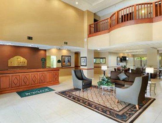 Wingate by Wyndham New Braunfels: Lobby