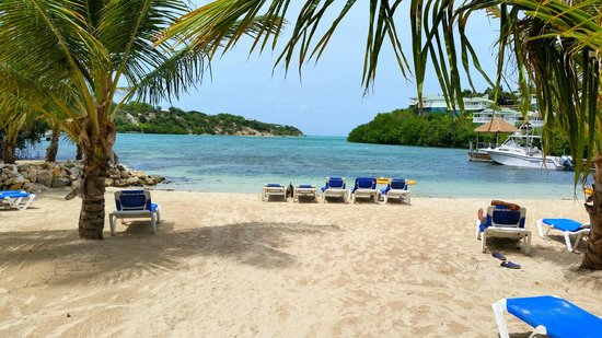 The Verandah Resort & Spa : Rasta Beach outlook