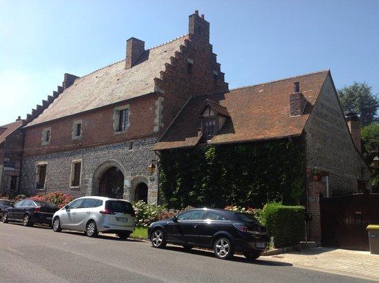 Manoir de Neuville  les Dieppe : Street view