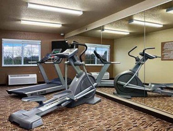 Microtel Inn & Suites by Wyndham Searcy: Fitness Center